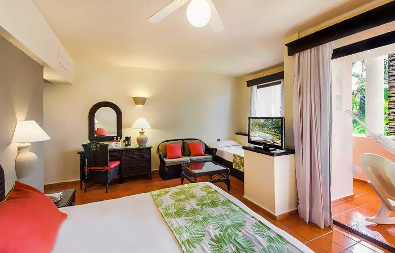 HOTEL CATALONIA BÁVARO BEACH, GOLF & CASINO RESORT 2