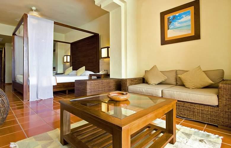 HOTEL CATALONIA ROYAL 3