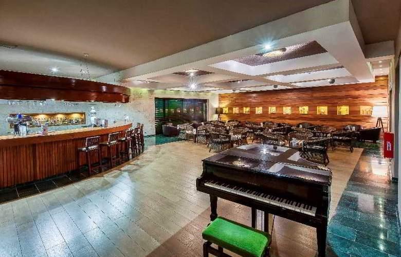 HOTEL CATALONIA ROYAL 5