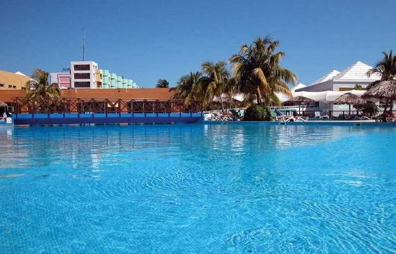 HOTEL ALLEGRO PALMA REAL 3