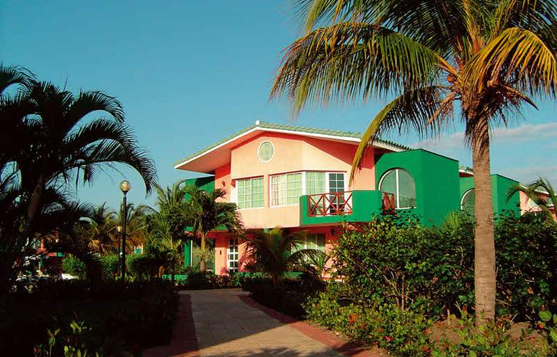 HOTEL BARCELO SOLYMAR, OCCIDENTAL ARENAS BLANCAS 6