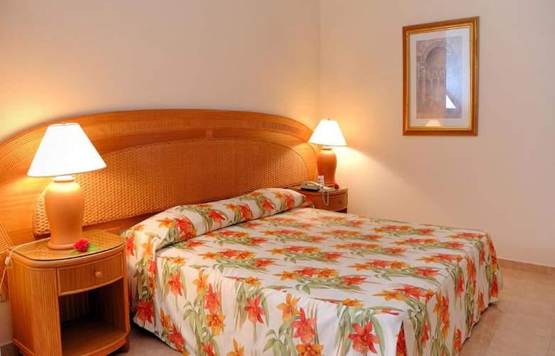 HOTEL BAVARO PRINCESS 4