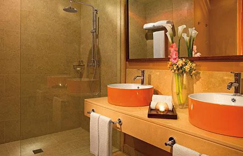 HOTEL BREATHLESS PUNTA CANA RESORT & SPA 7