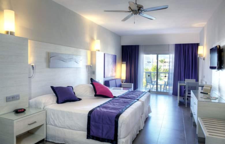 HOTEL RIU PALACE BAVARO 3