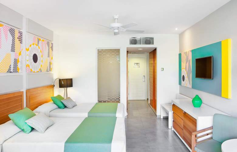 HOTEL OCEAN VISTA AZUL 3