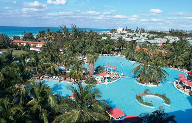HOTEL BARCELO SOLYMAR, OCCIDENTAL ARENAS BLANCAS 1