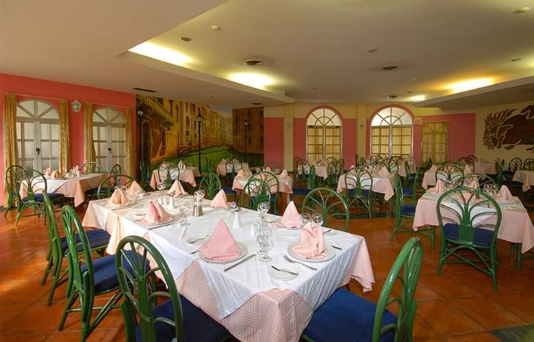 HOTEL BRISAS DEL CARIBE 7