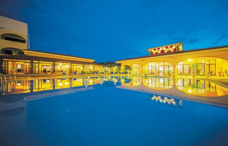 HOTEL STARFISH CUATRO PALMAS 1