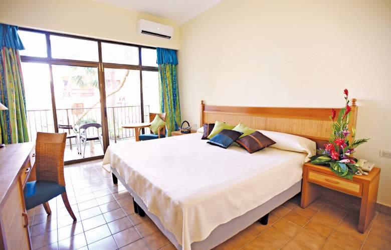 HOTEL STARFISH CUATRO PALMAS 3