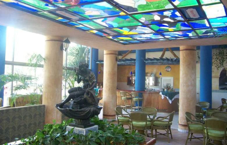 HOTEL SUNBEACH 4