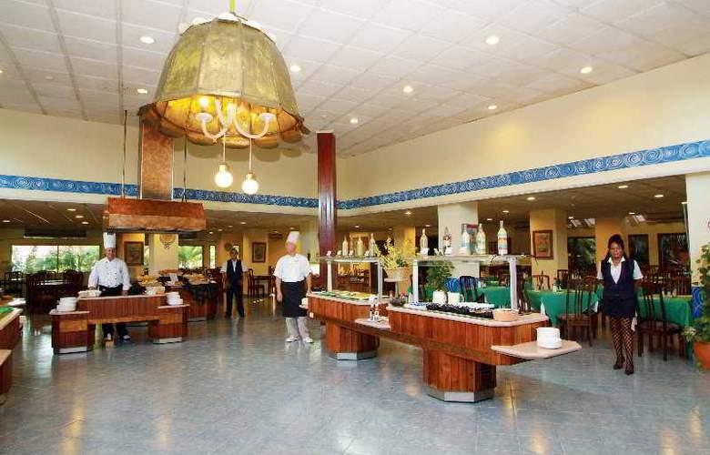 HOTEL SUNBEACH 6